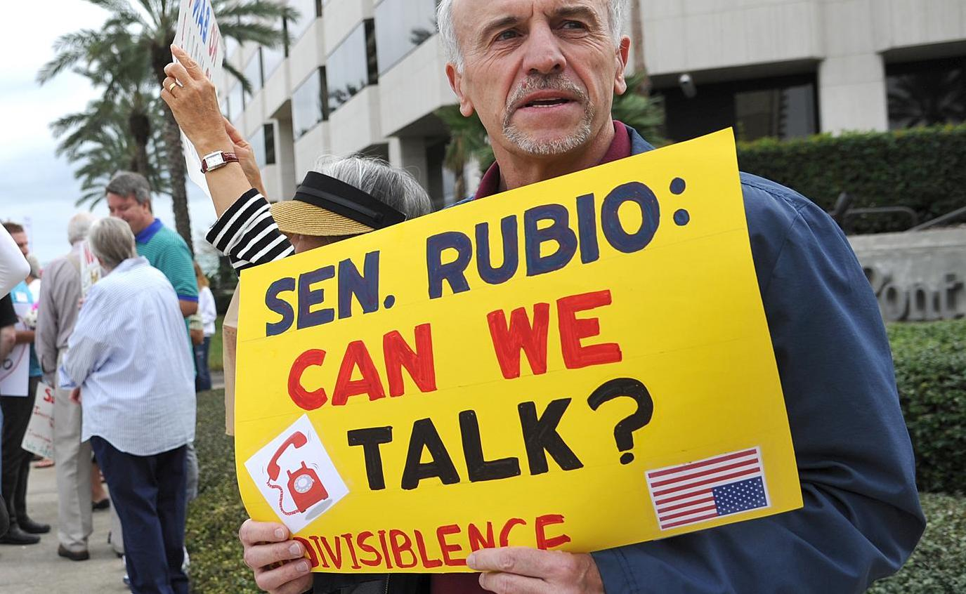 Senator Rubio, Can We Talk sign